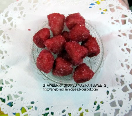 Mazipan sweets in Strawberry shapes